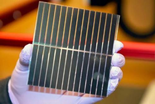 科学家们开发出了一种新的具有成本效益的方式来生产无机和有机杂化钙钛矿太阳能电池