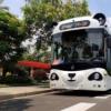 深兰科技研发的熊猫智能公交车正在做开放道路自动驾驶里程测试