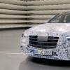 梅赛德斯-奔驰推出增强现实平视显示器