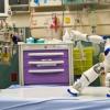 研究人员旨在发现增强AI的机器人是否可以减轻医院孩子的痛苦